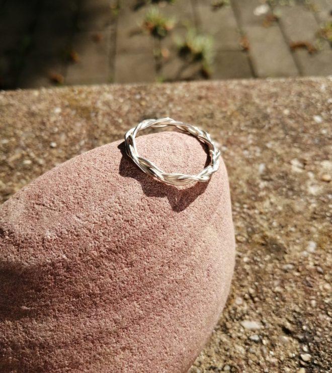 Ring woven massiv