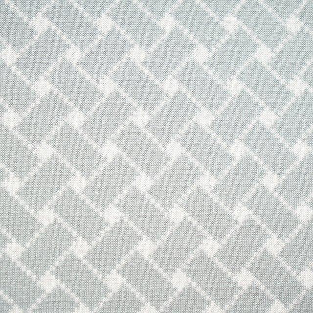 Bio-Kuscheljacquard Flechtmuster grau-weiß